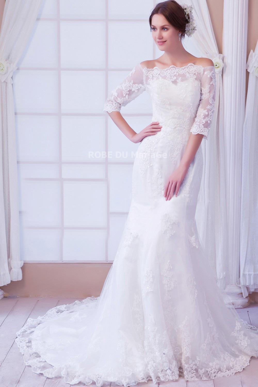 Robe claissique de mariée manches mi,longues épaules dégagées dentelle satin