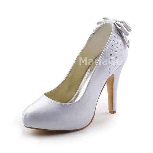 Belle chaussure de mariée agrémentée de nœud papillon et de perles talon haut en satin
