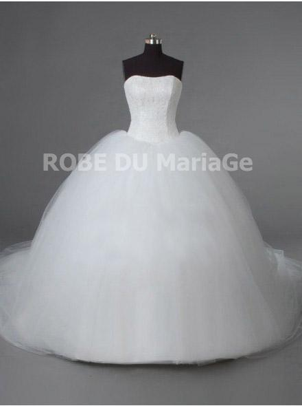 Robe de mariee traine chapelle