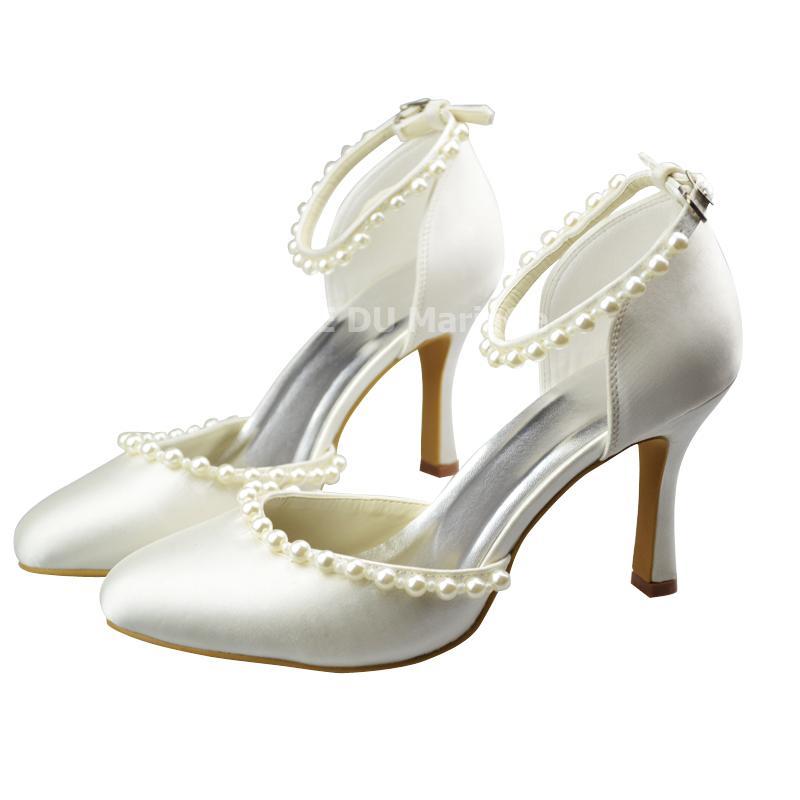 Chaussures de mariée bride perles talon haut satin