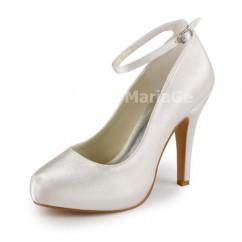 e521a447ea09 Chaussure de mariage ou cérémonie avec talon haut en similicuir et satin