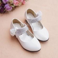 03154dfacf0503 Simple fleur appliques satin chaussures de mariée pour fille