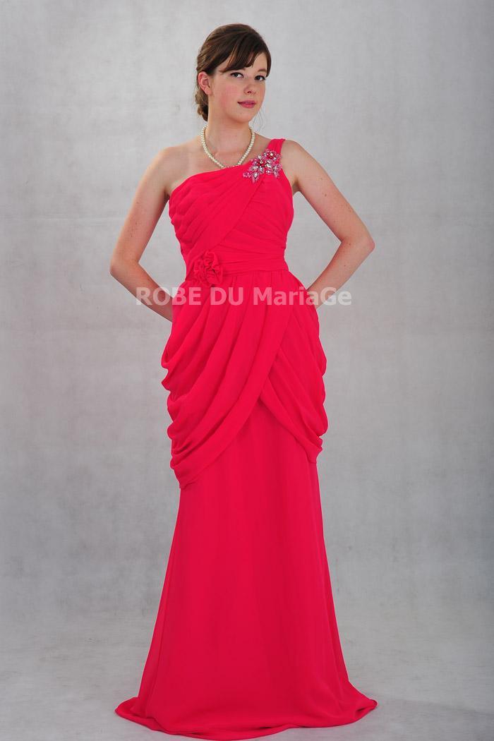 robe de soir e pour mariage en chiffon bretelle asym trique orn e des pliss es robe203956. Black Bedroom Furniture Sets. Home Design Ideas