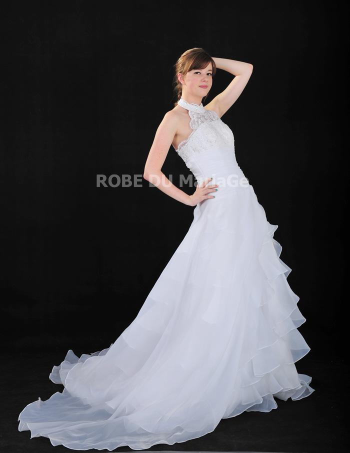 belle robe de mari e classique col haut dentelle multi couches satin robe203943. Black Bedroom Furniture Sets. Home Design Ideas