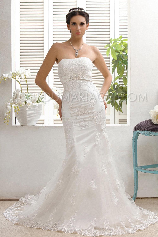 robe de mariage moderne ruban dentelle tra ne pas cher robe205932. Black Bedroom Furniture Sets. Home Design Ideas