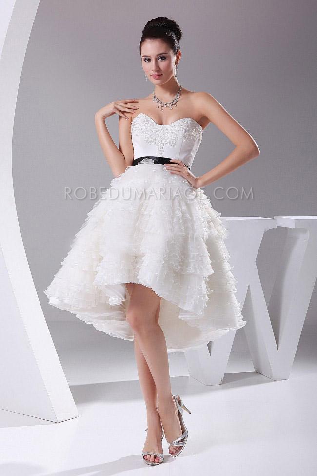 Robe de mariée civil pas cher bustier asymétrique multi,couches tulle