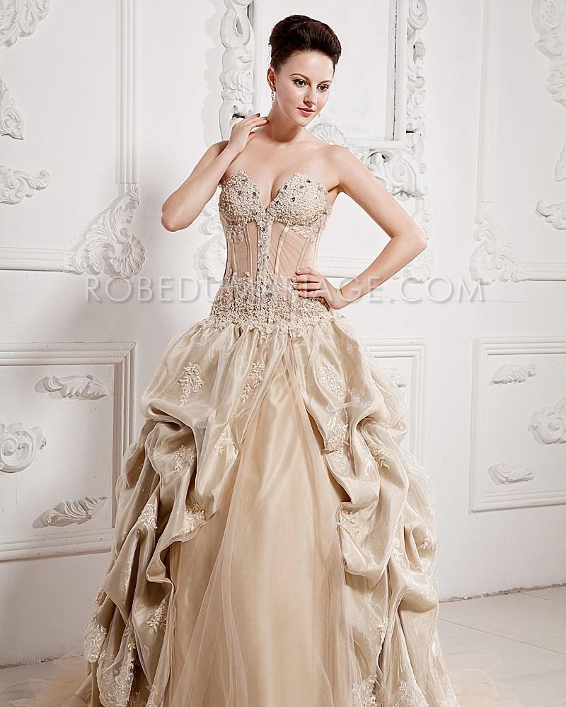 Robe du mariage chic en taffetas brodée perles jupe drapée ... f9cd8e0ed0b