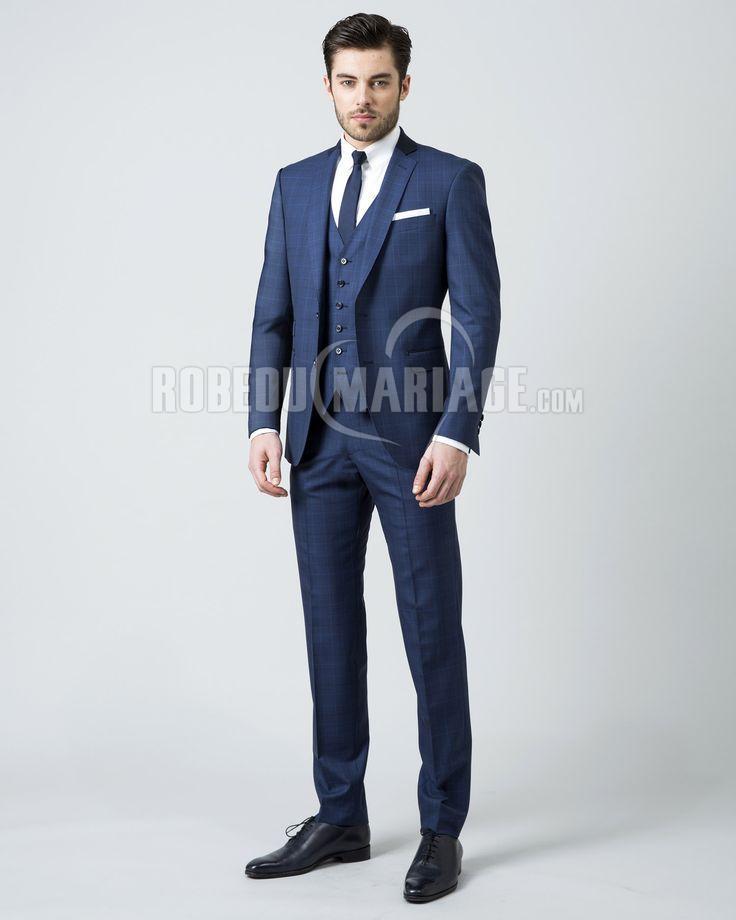 Costume homme pas cher sur mesure avec 4 pièces costume pour mariage ou  homme d affaire   ROBE2011239  - robedumariage.com 274cc30e135