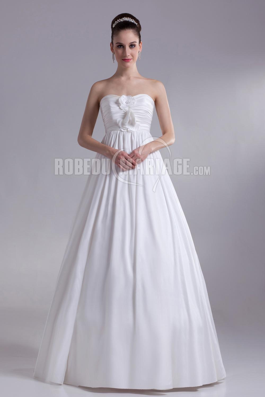 Grande taille robe de mariage robe pas cher satin ruche for Robes de mariage de taille empire