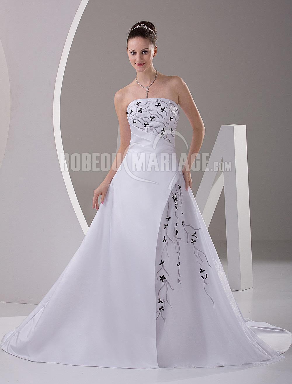 Simple robe de mariée en couleur en satin