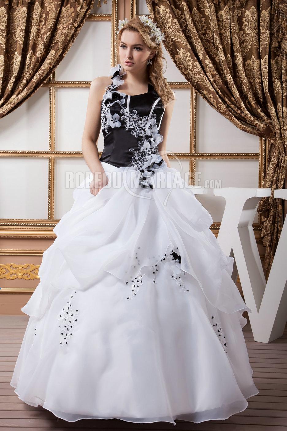 robe de mari e noire bretelle au cou avec fleur perles en