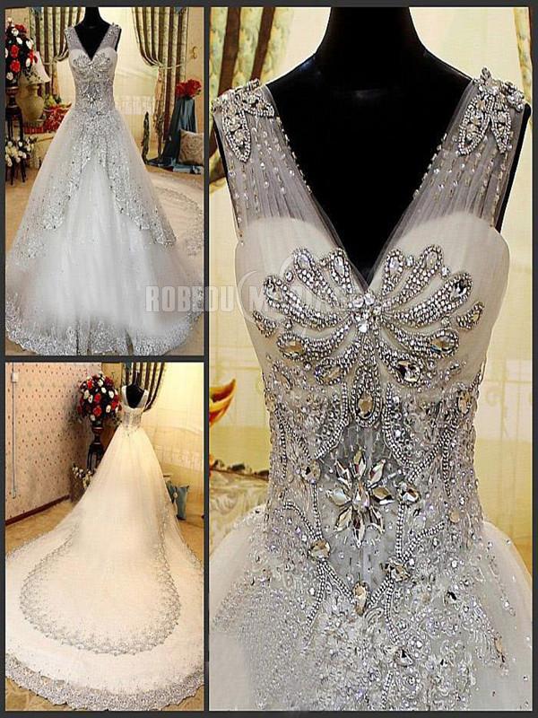 Robedumariage FR 1M traîne cathédrale robe de mariée princesse en strass perles et dentelle