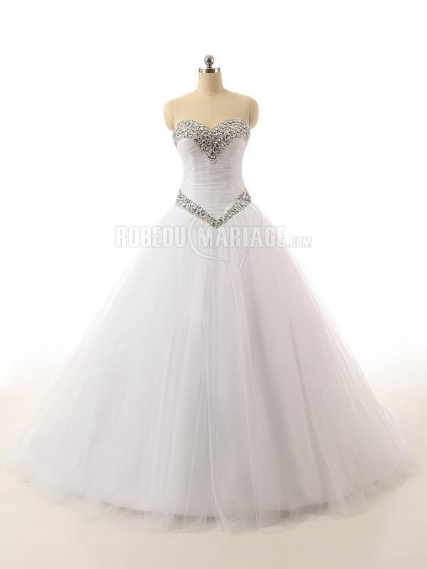Col en coeur robe de mariage princesse en strass et tulle pas cher