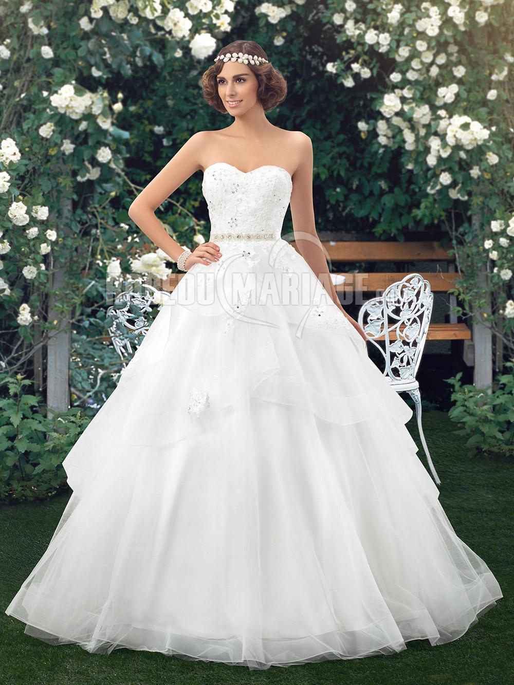 robe de mari e princesse col en coeur en organza avec. Black Bedroom Furniture Sets. Home Design Ideas