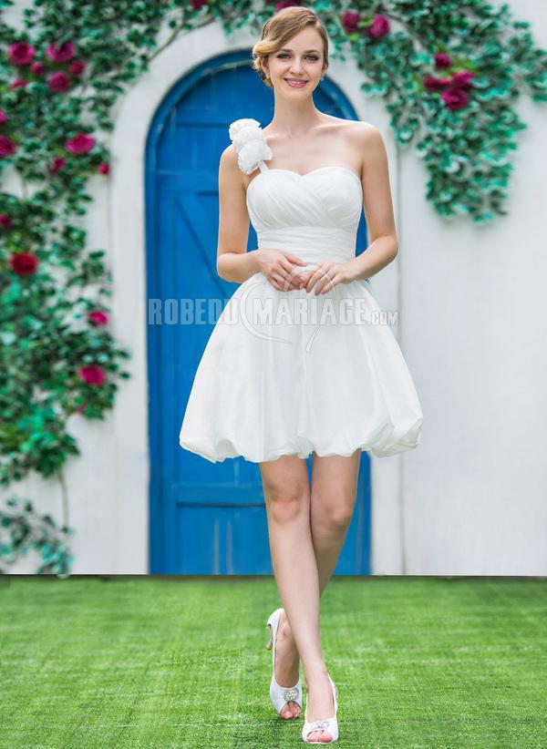 robe de fian ailles courte bretelle unique en satin avec fleurs robe2012830. Black Bedroom Furniture Sets. Home Design Ideas