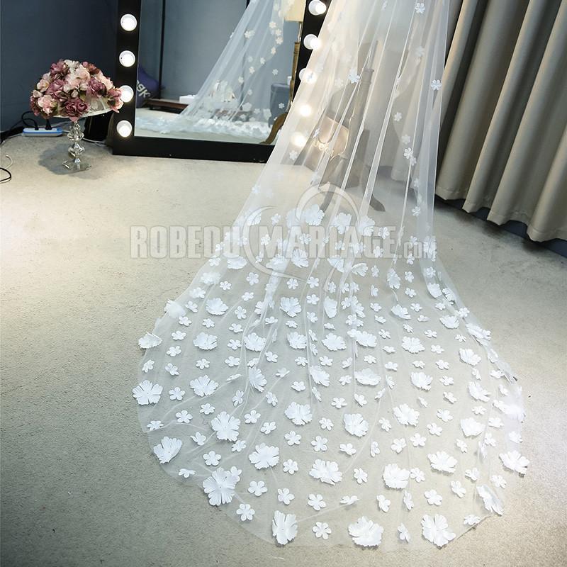Robedumariage FR 3 mètres voile de mariée 2017 ornée d'ornements en forme de pétales