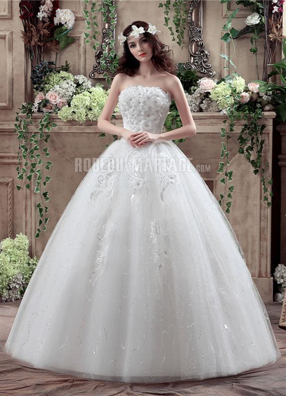 Robe de mariée princesse sans bretelle épaule