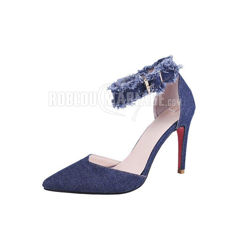 Moderne escarpin à bride avec talon aiguille Chaussures