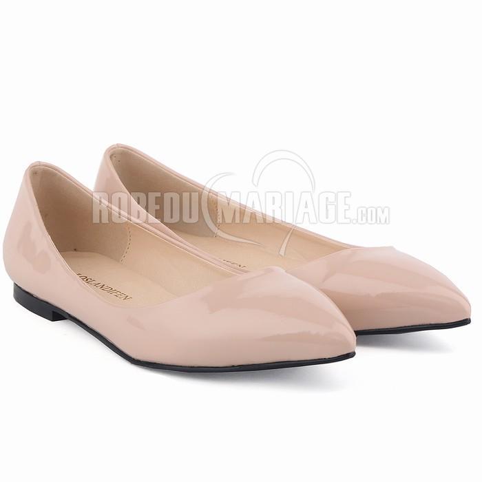 usine authentique ac2c9 0c57a Escarpin en cuir vernis à talon plat Chaussure en solde à ...